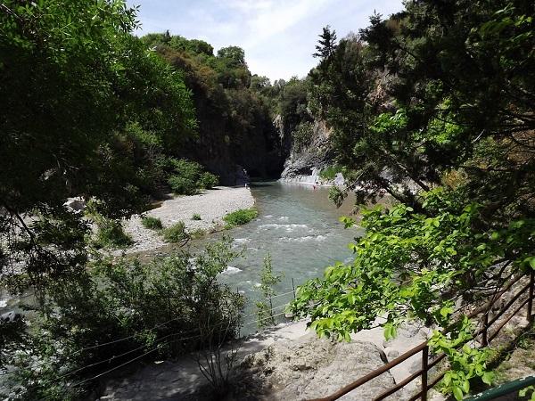 Cosa visitare in Sicilia: Grotte dell'Alcantara