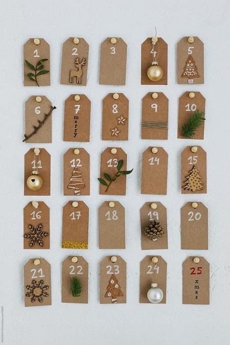 tag di cartone natalizi